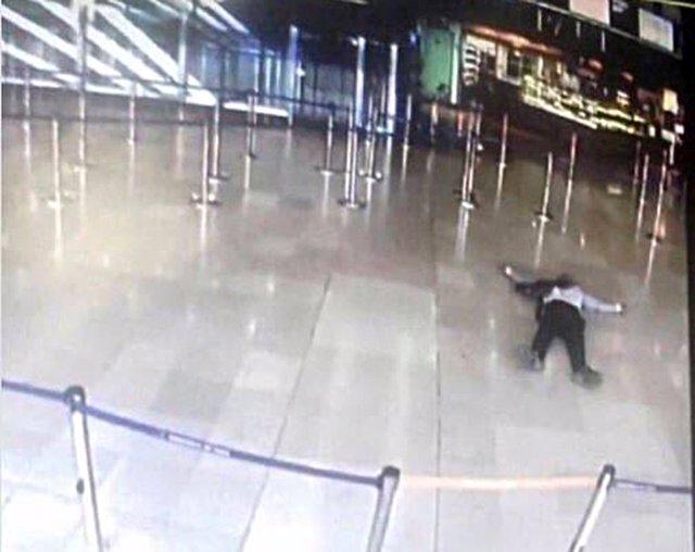 Imagen de una cámara de seguridad del atacante del Aeropuerto de París-Orly