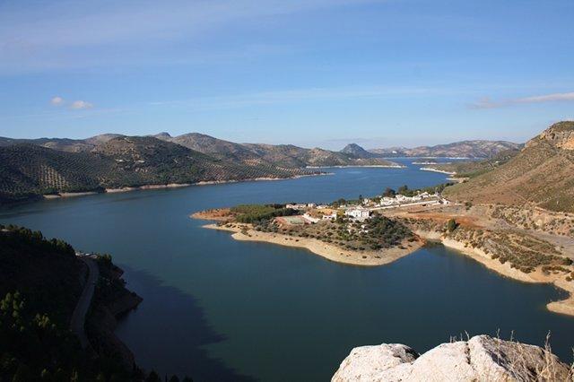 Vista aérea del embalse de Iznájar
