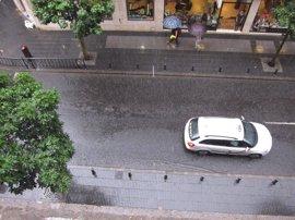 Posibilidad de chubascos y tormentas este domingo en Canarias, que serán localmente fuertes por la tarde