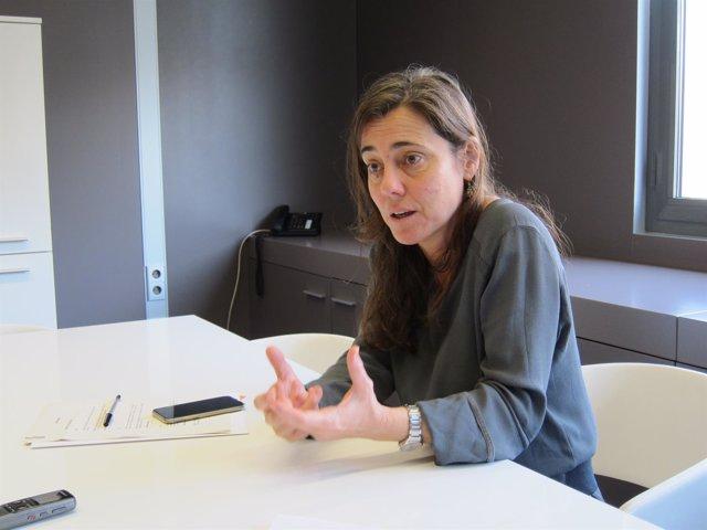 La adjunta al Síndic de Greuges por los derechos de los niños, Maria J. Larios
