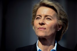 La ministra de Defensa alemana niega a Trump que Berlín deba dinero a la OTAN