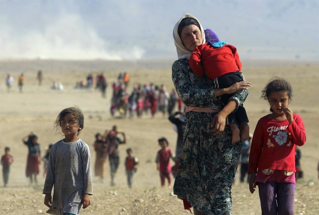 Desplazados yazidíes huyen de la violencia en Irak