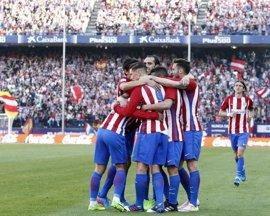 El Atlético somete al Sevilla y se acerca al tercer puesto