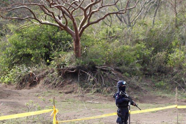 Fosas con restos humanos en Veracruz, México