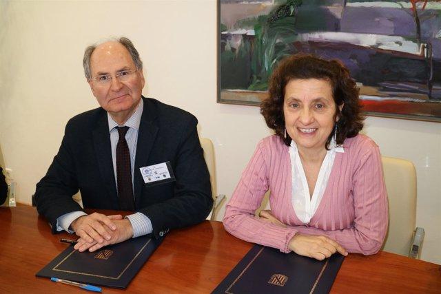 Presidente de Cruz Roja Baleares y Fina Santiago