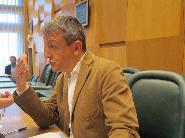 Fernando Rivarés