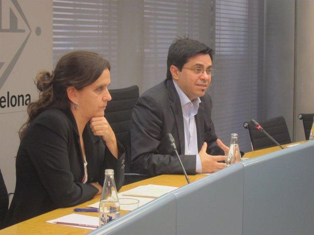 El Teniente De Alcalde Gerardo Pisarello Y La Comisionada Gemma Tarafa