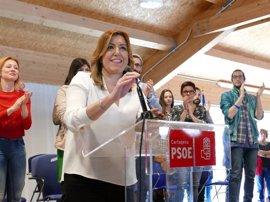 """Díaz agradece """"todo el cariño"""" de sus compañeros de PSOE e insiste en separar actos de partido con los de Gobierno"""