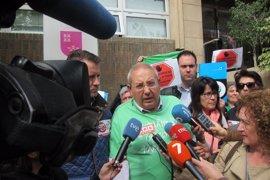 Concentración y huelga contra los conciertos de Bachillerato y FP