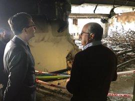 Los más de 1.100 alumnos del colegio 'Jesuitinas' volverán a clase el miércoles tras el incendio de un aula
