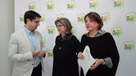 """IU dice que el Gobierno de Rajoy es """"insumiso"""" con las normas laborales para la naranja en Córdoba"""