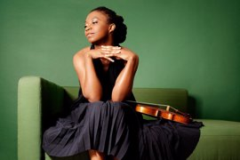 La violinista estadounidense Tai Murray ofrece un recital de violín este martes en la Diputación de Badajoz