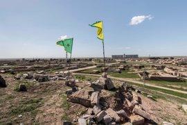 """Turquía advierte de que no aceptará una """"región de terroristas"""" kurdos en el norte de Siria"""