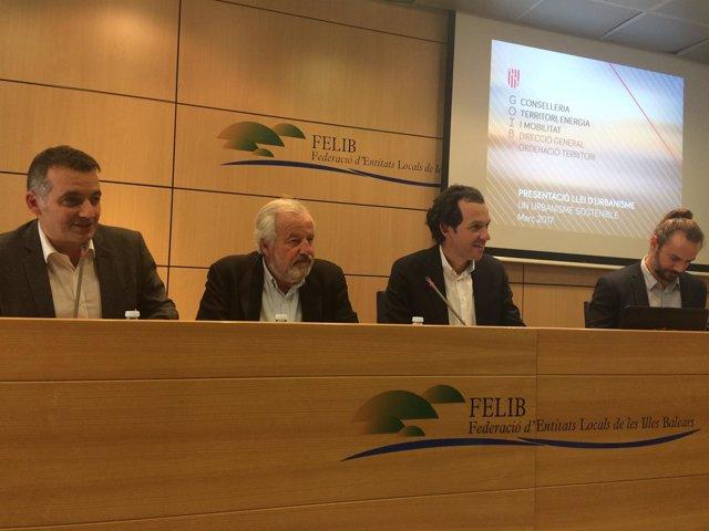 Reunión de la Felib y el conseller Pons para explicar la nueva ley urbanística