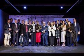 Entregados en un acto en Santa Clara los Giraldillos de la Bienal de Flamenco de Sevilla 2016