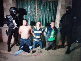 Una cadena de ataques contra la Policía en Guatemala deja tres muertos, nueve heridos y 11 detenidos