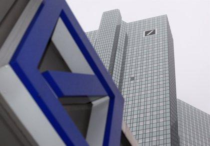 Deutsche Bank se desploma en Bolsa en la primera jornada de su ampliación de capital en 8.000 millones