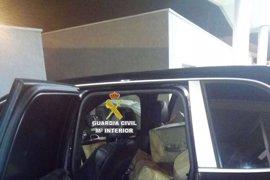 Un detenido, un agente herido y más de 1.900 kilos de hachís incautados en Algeciras