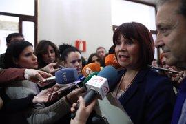 """La presidenta del PSOE andaluz exige a Margarita Robles """"respeto"""" para Mario Jiménez: """"No todo vale"""""""