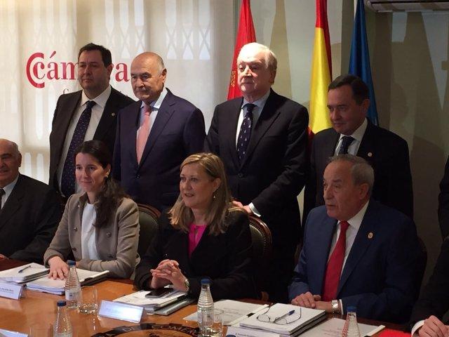 Valladolid. Del Olmo en la reunión del Consejo regional de Cámaras