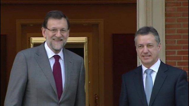 Urkullu mantuvo contactos con Rajoy sobre el desarme de ETA