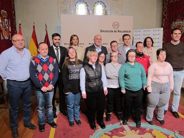 Valladolid. Foto de familia del acto en la Diputación Provincial