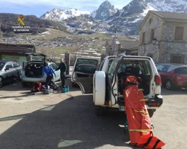 Rescatada una esquiadora en Maraña (León)