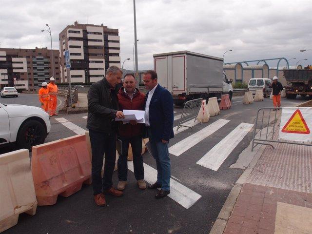 Iglesias, en el paso de peatones de Portillejo