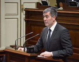 """Clavijo apela al """"compromiso"""" de los grupos para que haya PGE y se blinde el REF de la financiación autonómica"""