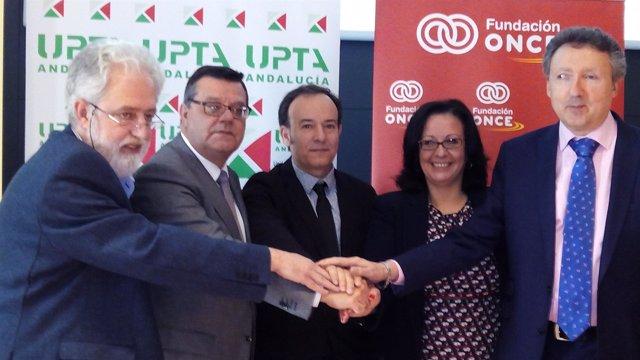 Acuerdo entre UPTA y ONCE para la inserción laboral de discapacitados