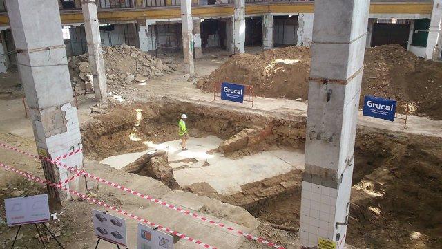 Excavaciones en el mercado de la Puerta de la Carne.