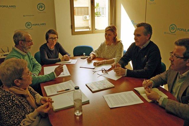 Reunión de Bueno con la asociación.