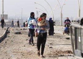 Las fuerzas iraquíes tratan de evacuar a civiles de la Ciudad Vieja de Mosul