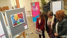 El Centro Cívico Alcosa acoge 18 obras artísticas dentro de la muestra 'Di(s) capacidad'
