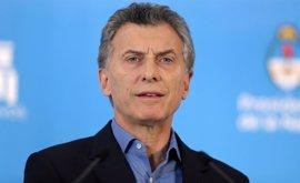 Macri firma los dos decretos con los que tratará de evitar nuevos conflictos de interés en el Gobierno