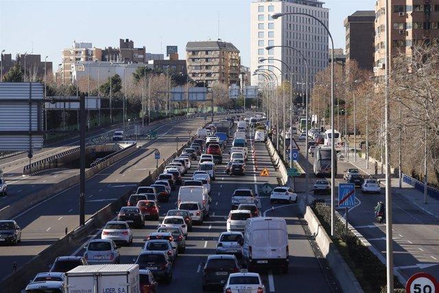 Tráfico, Madrid, cortes de tráfico por contaminación, coche, coches, vehículo