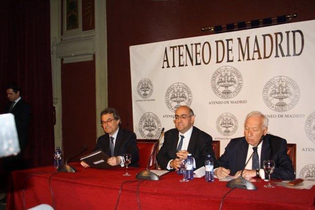 Artur Mas y García Margallo debaten sobre Cataluña en el Ateneo de Madrid