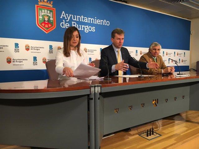 El alcalde, Javier Lacalle, en rueda de prensa.