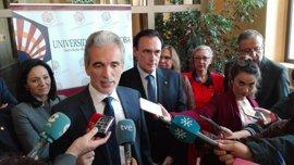 """Alonso: Ahora """"toca trabajar"""" para aplicar el acuerdo del modelo hospitalario de Granada"""