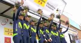 El Movistar pierde por sanción en la crono el liderato de Valverde