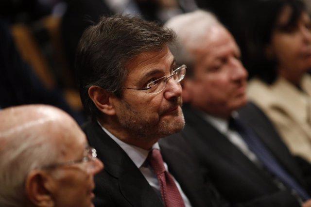 Rafael Catalá en la toma de posesión de los nuevos magistrados del TC
