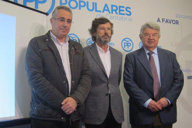 Tres de los autores de la Ponencia Social del PP  cántabro