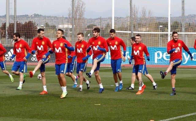 Javi Martínez en el entrenamiento de la selección