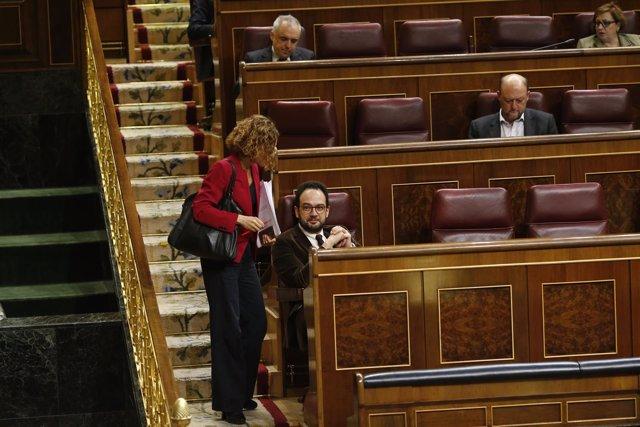 Meritxell Batet y Antonio Hernando en el Congreso