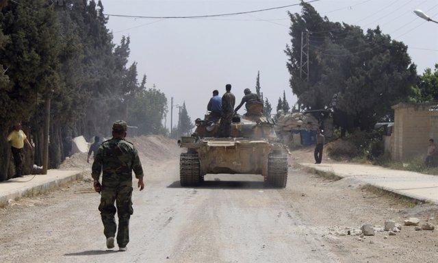 Ejército sirio cerca de la ciudad de Al Qusair, en una imagen de archivo