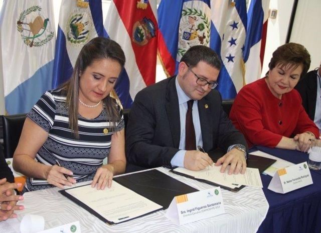Andalucía reafirma su compromiso de cooperación con el SICA