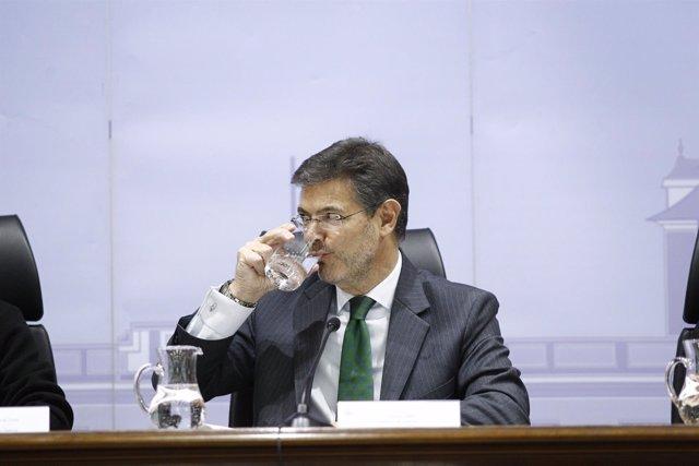 El ministro de Justicia, Rafael Catalá, en un homenaje al fiscal Luis Portero