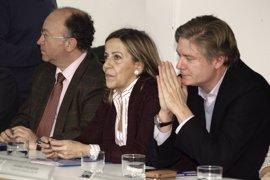 La tesorera del PP defiende las fundaciones políticas y pide regular el 'crowdfunding'