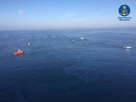 El robot de Salvamento Marítimo inspeccionará el pesquero hundido en Barcelona