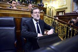"""Rajoy traslada sus condolencias a May por el ataque en Londres y pide """"permanecer unidos"""" frente al terrorismo"""